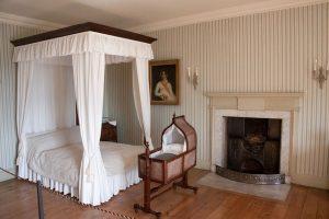 cama em estilo antigo